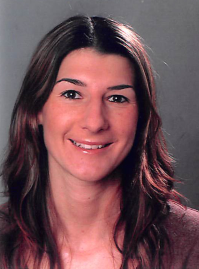 Tanja Czerniecki, Bürofachangestellte